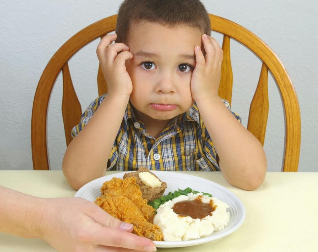 Что делать если у ребенка понос и болит живот