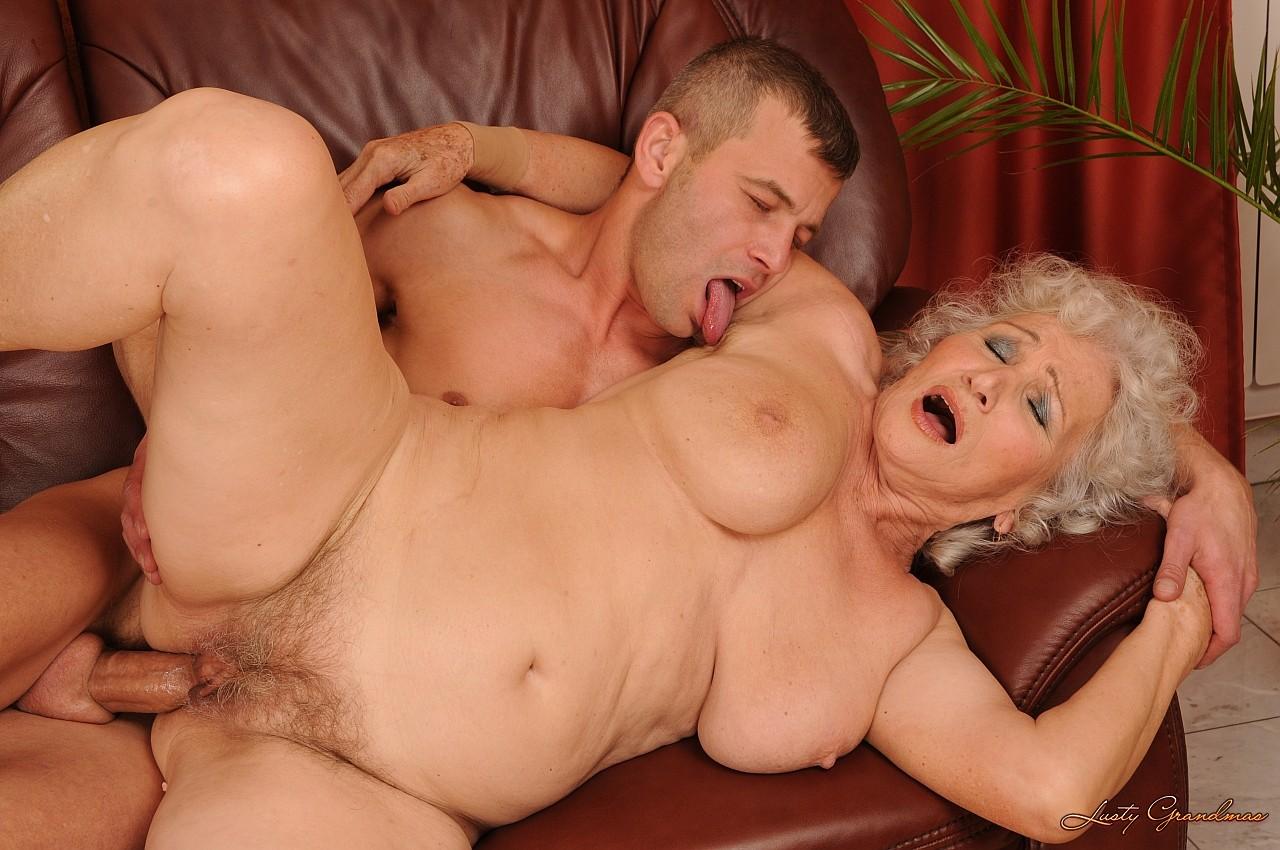 Порно старых бабушек с внуком фото 595-114