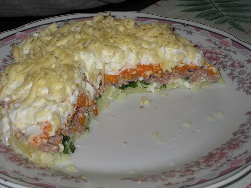 Салат из печени трески рецепт слоями