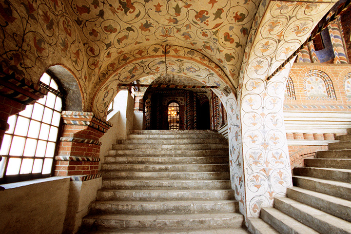 Подвесной потолок в Храме Василия Блаженного