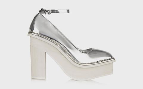 10 пар весенней обуви до 10 000 рублей