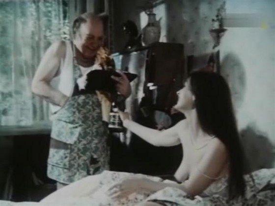 russkoe-kino-golie
