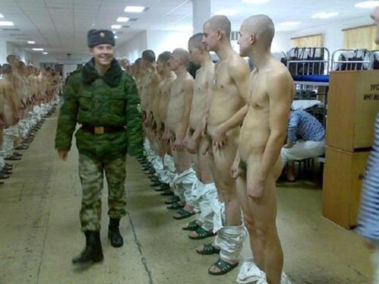 Порно жесть армия