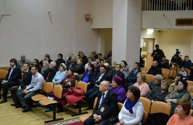 Глава управы района Некрасовка провела встречу снаселением