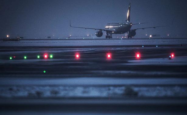 Главный аэропорт Нью-Йорка ограничил прием рейсов