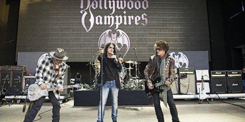 Группа Джонни Деппа Hollywood Vampires впервые выступит вРоссии
