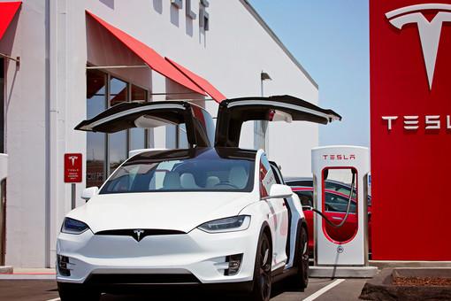 Отвалятся находу: вмашинах Tesla нашли изъян