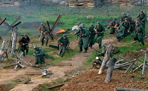 Битва заМоскву: кадры военно-исторической реконструкции изподмосковного парка «Патриот»