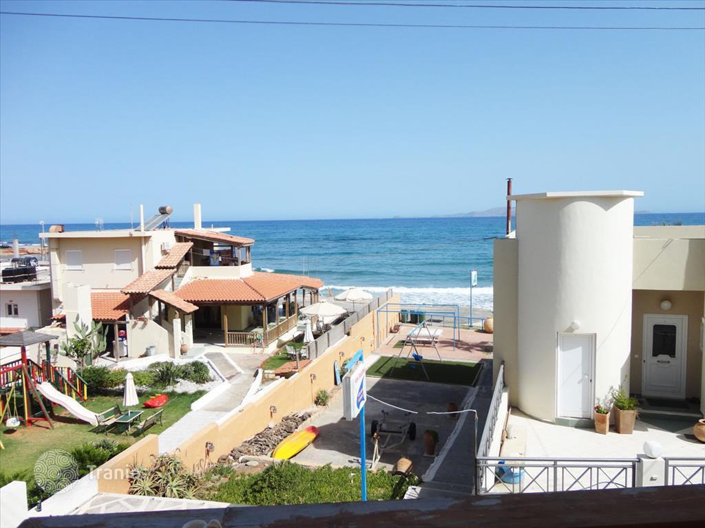 Дом в Гераклион на побережье