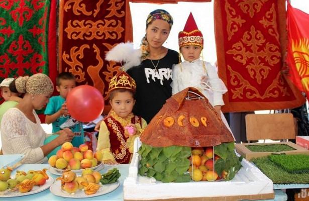 ВКиргизии начался ежегодный фестиваль абрикоса