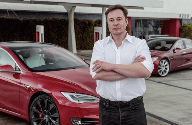 Маск задумался опокупке производителя обычных машин
