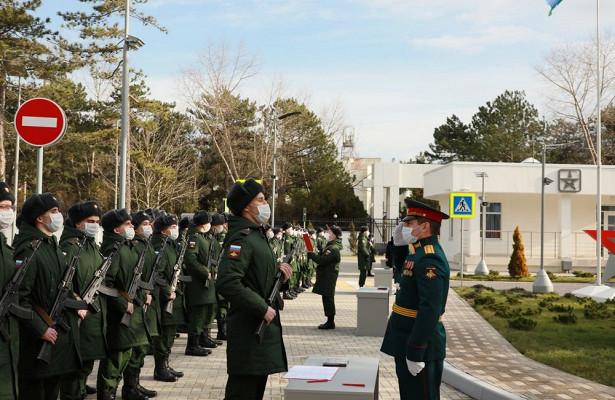 Новобранцы научных роттехнополиса «ЭРА» приняли Военную присягу