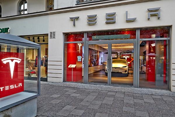 Tesla установила рекорд