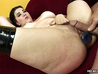 Girls passed out getting fucked
