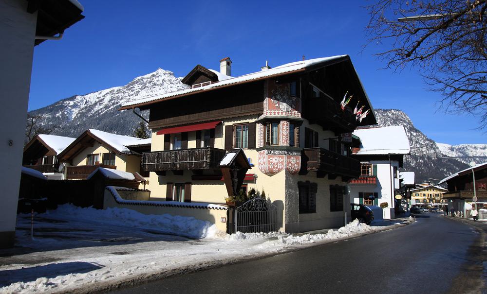 Welcher Mann sucht eine herzliche junge Frau? in Garmisch
