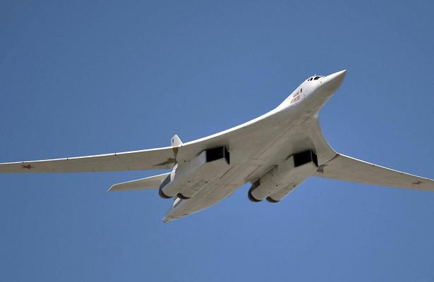 Российские Ту-160отработали удар побазе НАТО вИсландии