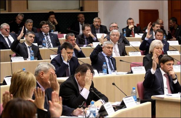 Степлоходов наплантации: сколько заработали ичемвладеют депутаты Самарской области