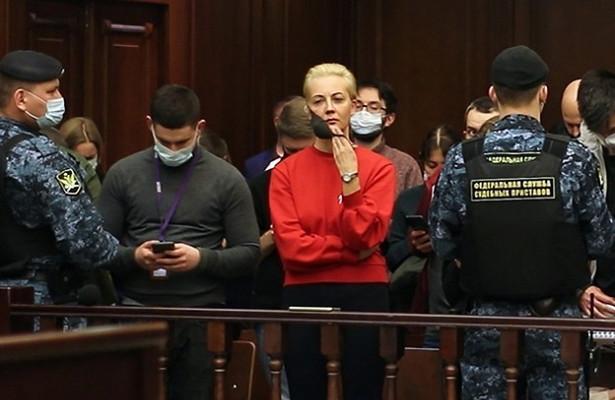 Зюганов заявил, чтоТихановская иНавальная обслуживают чужие разведки