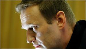 СМИвскрыли несостыковки вбиографии Навального