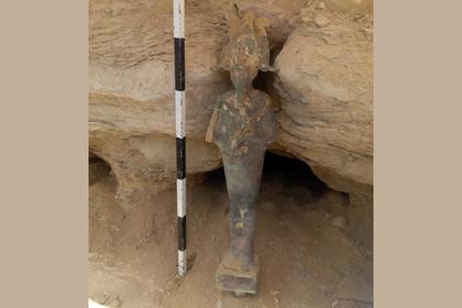 Вдревнейшей египетской пирамиде нашли статую бога