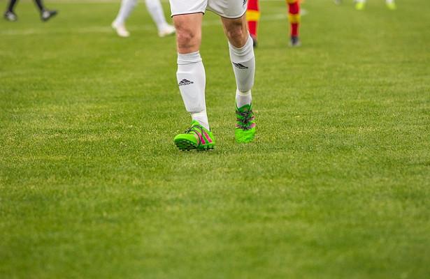 Футболисты «Луча-Энергии» и«Факела» сыграли внулевую ничью