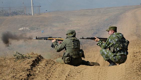 В горах Чечни мотострелки провели боевые стрельбы