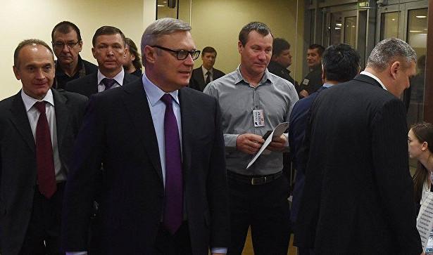 Касьянов готов поддержать только кандидата впрезиденты переходного периода