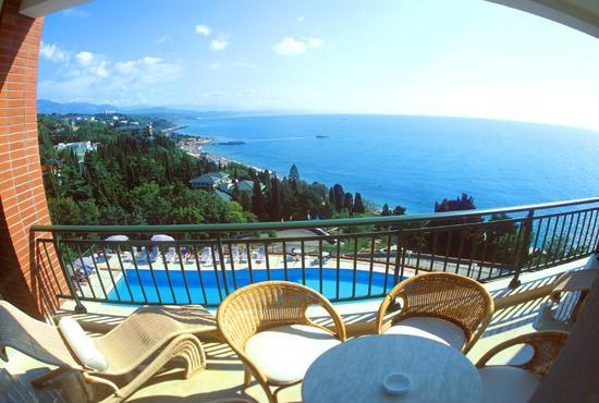 Дома в остров Элафонисси с видом на море