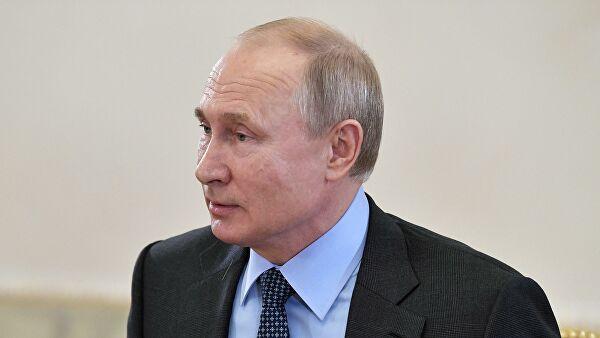 Путин поздравил Драги свступлением вдолжность премьера Италии
