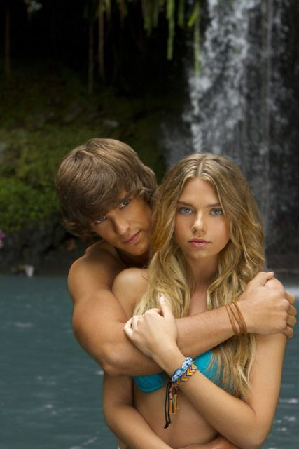Watch Videos Online - Blue Lagoon - The Awakening 2012