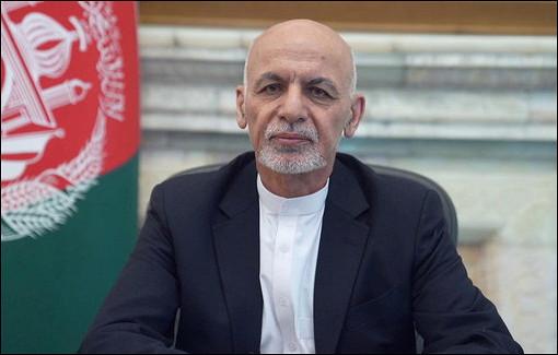 Источник рассказал подробности обегстве экс-президента Афганистана Гани