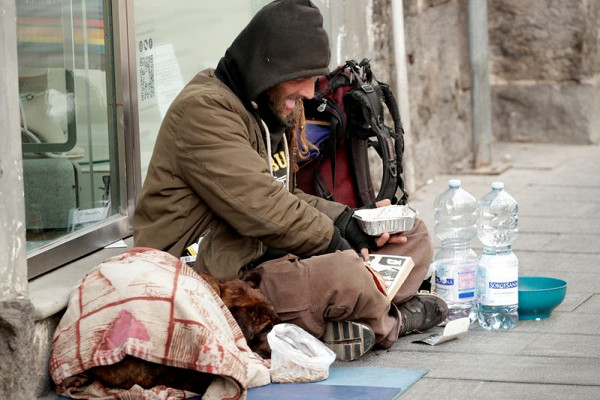 Миру предрекли экстремальный рост нищеты