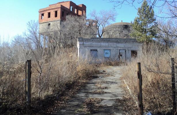 ВХабаровске легендарная башня ушла смолотка