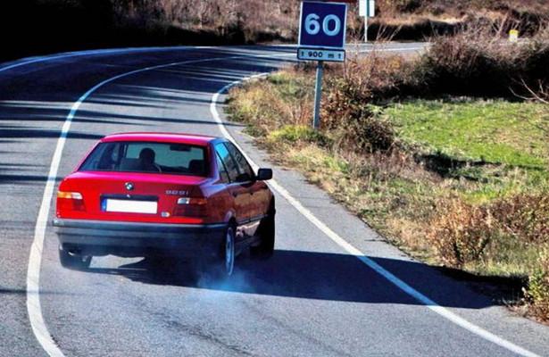 Отказали тормоза: какостановить машину сАКПП