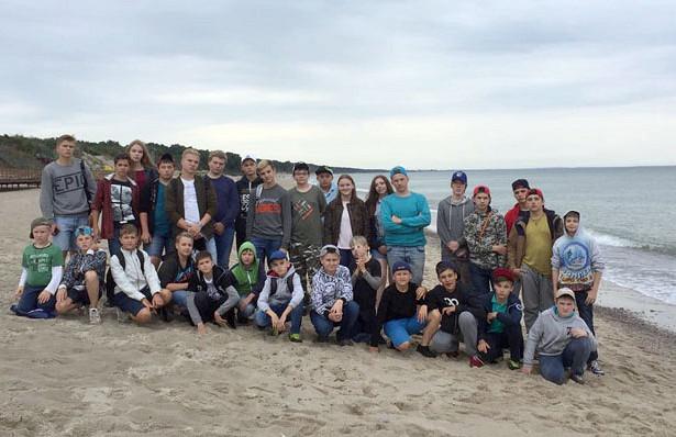 Юные хоккеисты изБескудниково уехали налетний оздоровительный отдых вКалининградскую область