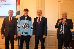 Министра спорта РФПавла Колобкова символически зачислили вХК«Сибирь»