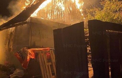 ВИркутской области сгорел дом, вкотором работала незаконная майнинговая ферма