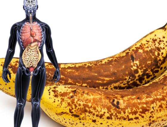 После банана болит живот у ребенка