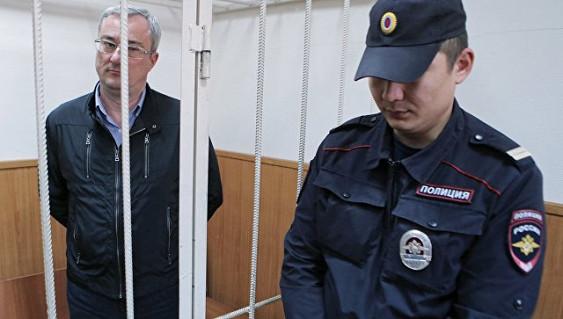 Арест экс-главы Коми Вячеслава Гайзера продлен до19декабря