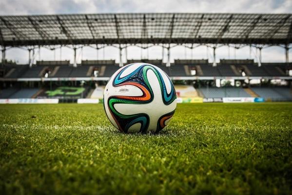 Михайловскую набережную Новосибирска обезопасят вовремя просмотра матчей ЧМпофутболу
