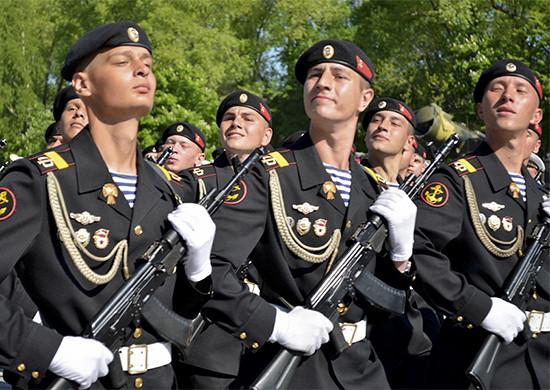 ВМоскве началось первомайское шествие