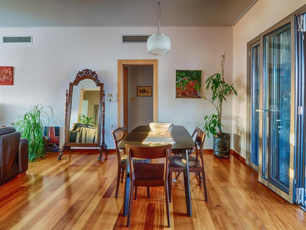 Дешевую квартира в остров Флорина