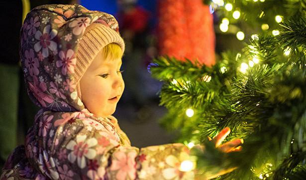 Меньше минуты: россиянам показали скорость сгорания новогодних елок
