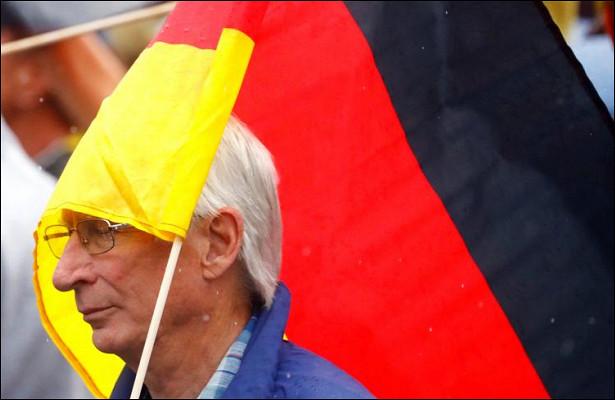 Немцы благодаря пандемии накопили €400млрд