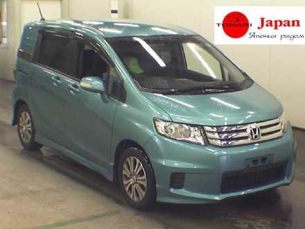 Фотографии Honda Freed Spike Hybrid на Dromru