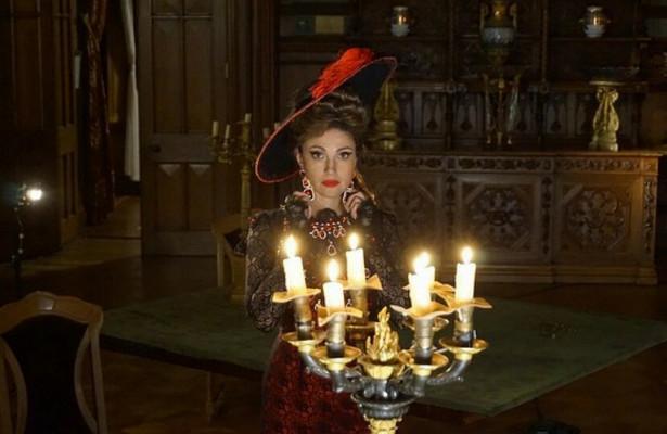 Ради Анастасии Макеевой сожгли 200свечей