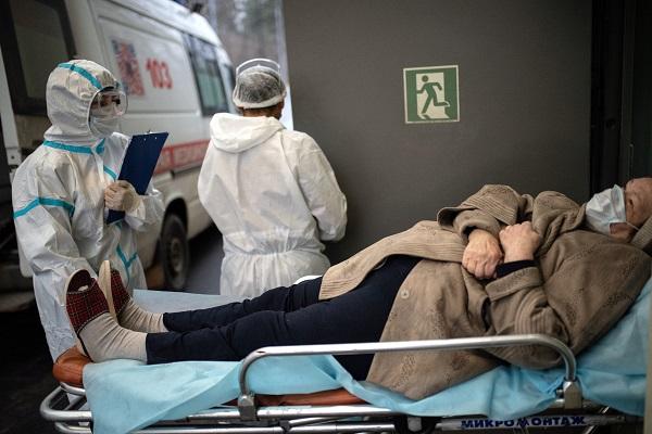Четверть пожилых скоронавирусом госпитализируют повторно