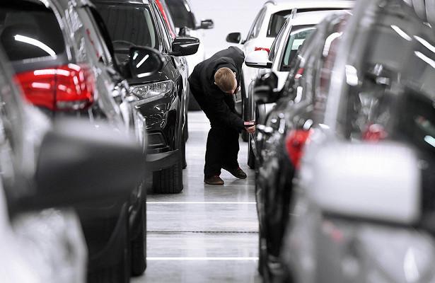 Российский рынок автомобилей в2020 году может упасть на15%
