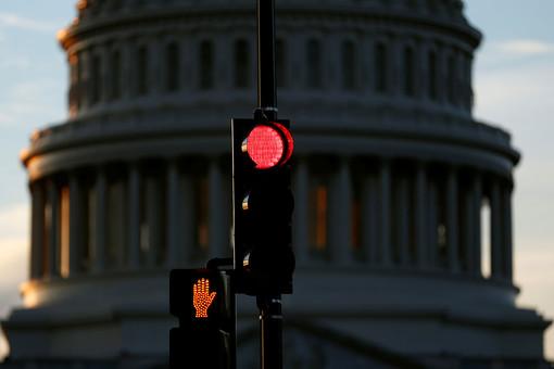 Комитет конгресса СШАвынес порицание двум депутатам из-задомогательств