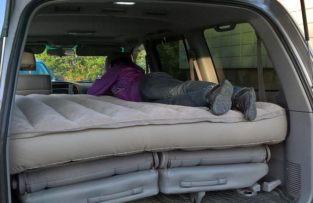 Машины, вкоторых удобнее всего спать вовремя путешествий